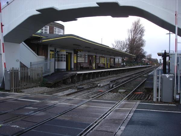 hoylake station