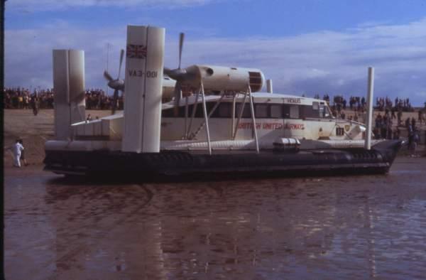 Hovercraft Moreton