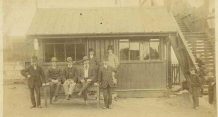 hoylake cab men